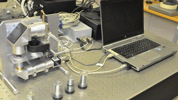 Přístroj přináší významné zjednodušení dosavadních metod mikroskopického pozorování buněk.