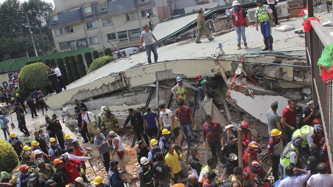 MEX MEXICO CITY APTOPIX MEXICO EARTHQUAKE 016