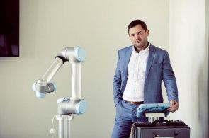 Chci dostat roboty do malých a středních firem, říká obchodní ředitel Universal Robots Pavel Bezucký