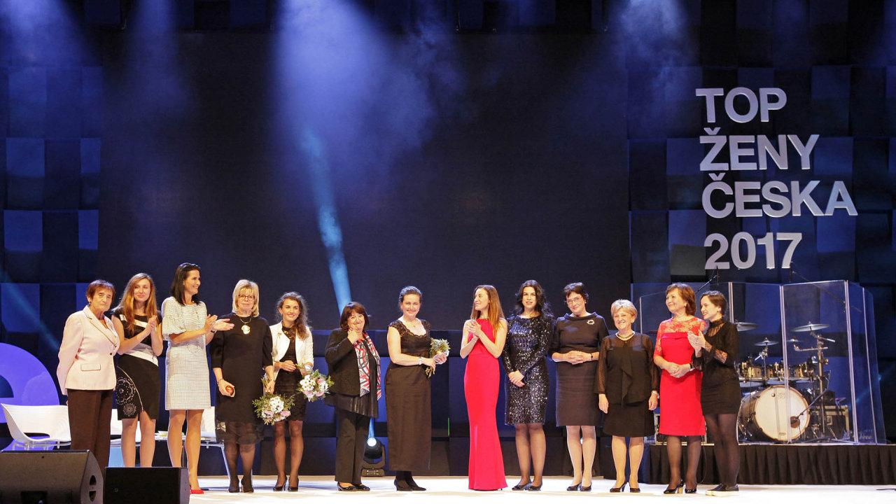 Vletošním ročníku Economia rozšířila nominace. Na snímku oceněné dámy.