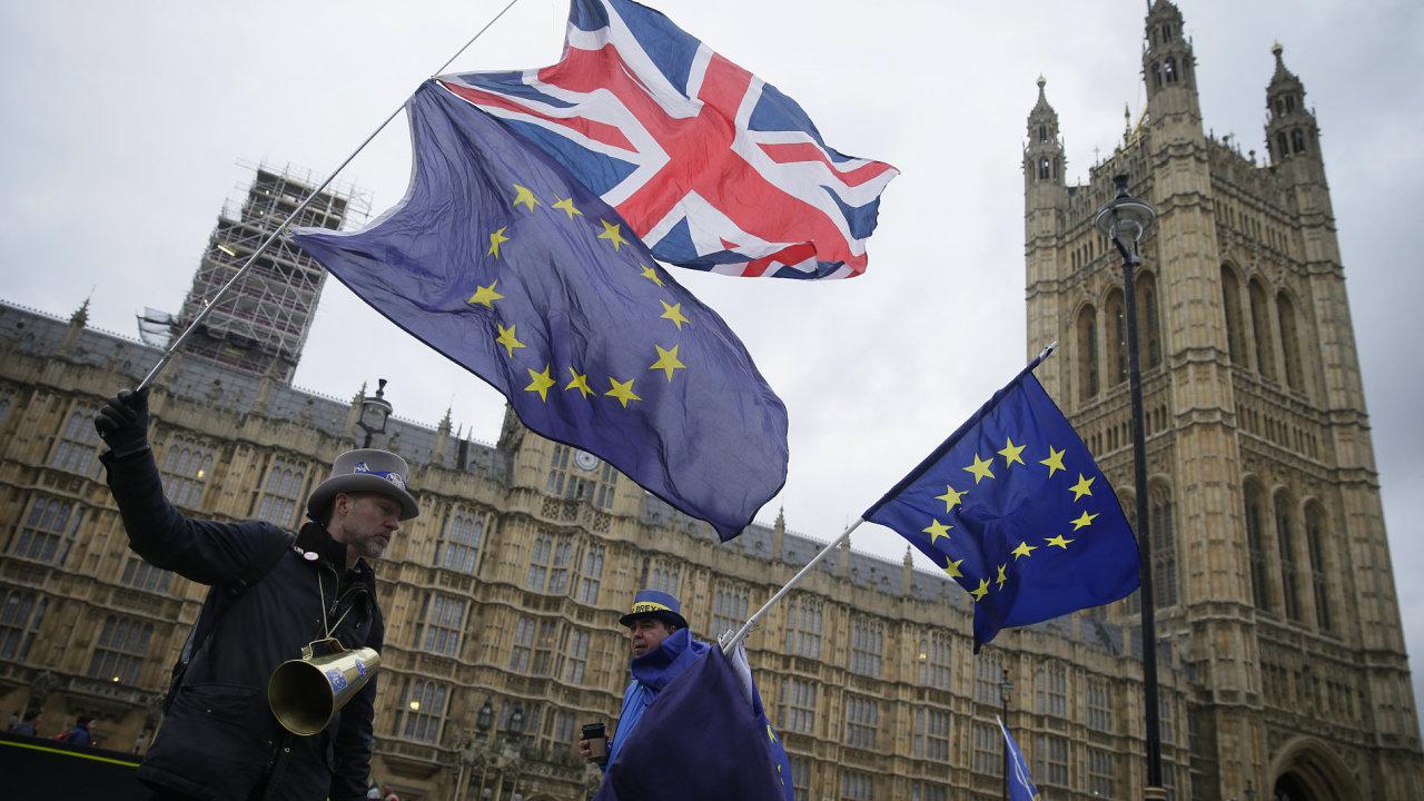 Významné požadavky zanesené do návrhu severoirské pojistky jsou výměnou za ponechání Londýna v celní unii.
