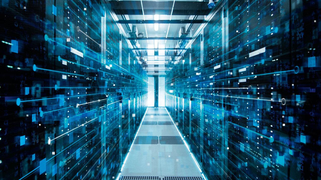 Data se stávají stále cennějším artiklem a zvyšuje se i množství jejich ukládání a dalšího zpracovávání.