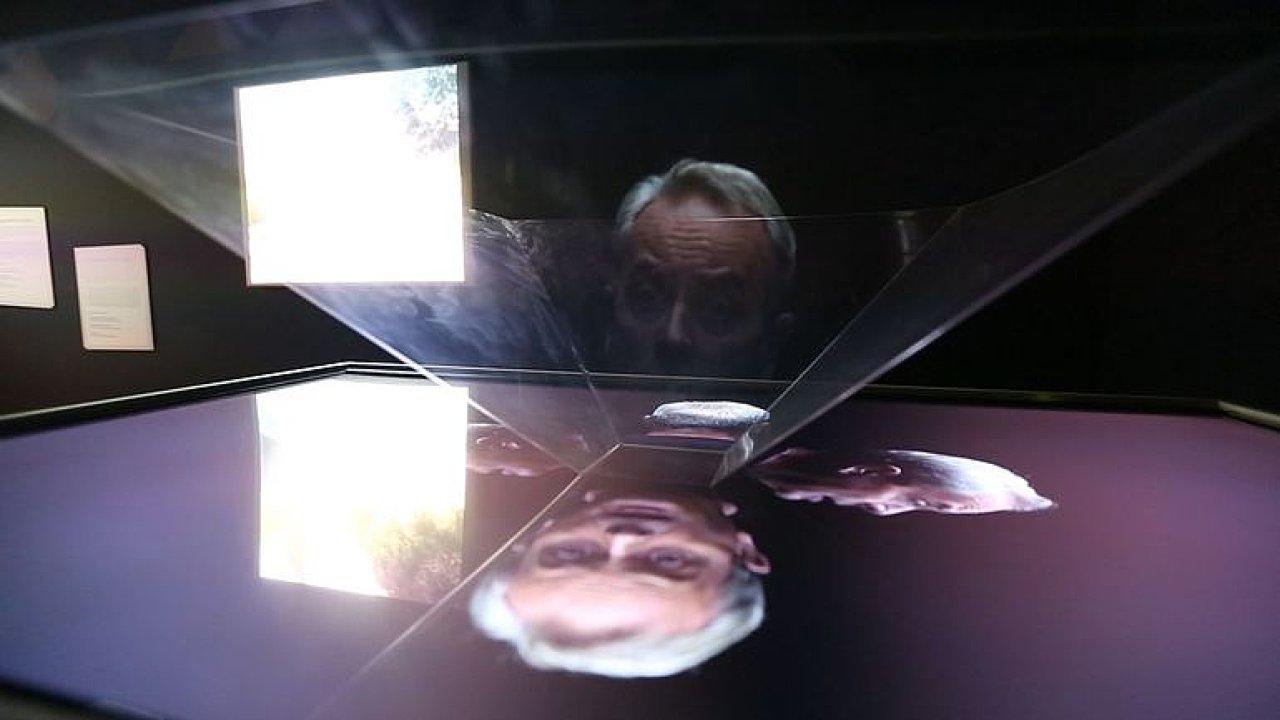Hemala jako hologram a virtuální realita. Praha má nové muzeum filmu.