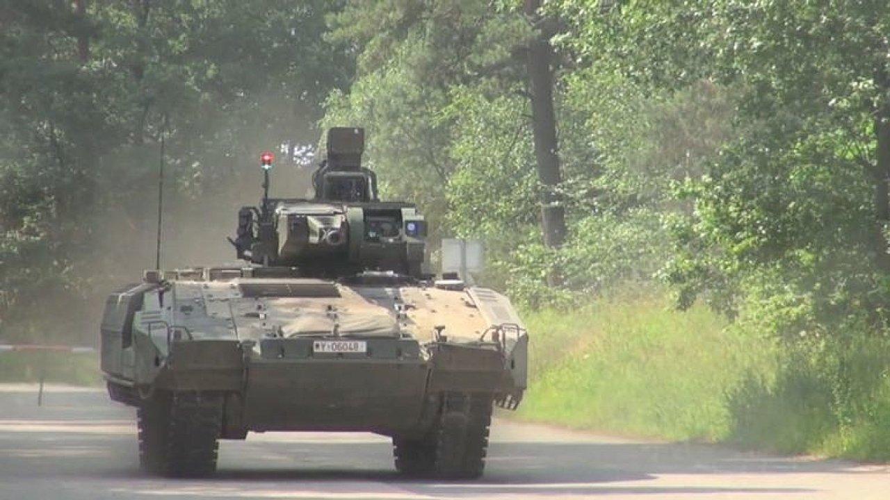 Z doupěte Pumy: jak vypadá nejmodernější obrněné vozidlo německé armády