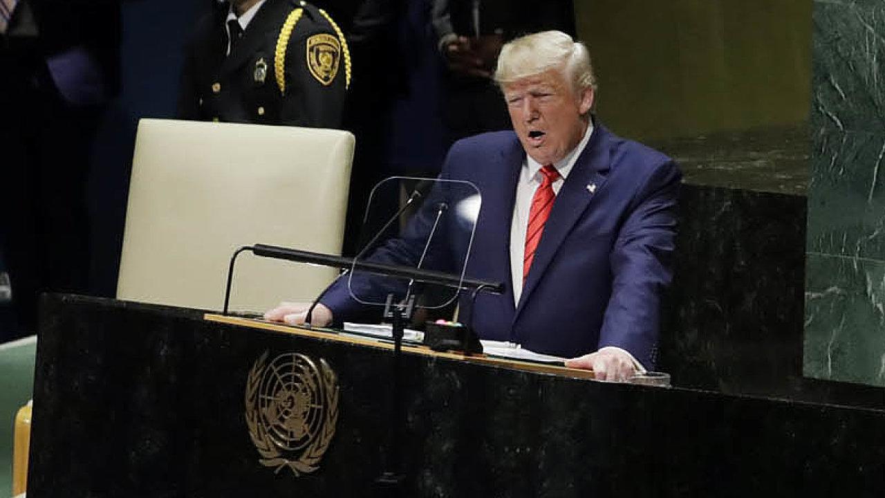 """""""Svobodný svět musí vzít zasvé národní kořeny. Nesmí se je pokoušet vymazat nebo nahradit,"""" prohlásil americký prezident Donald Trump nazasedání Valného shromáždění OSN vNew Yorku."""