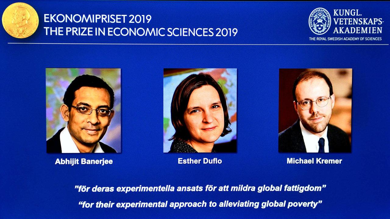 Letošní Nobelovu cenu zaekonomii získala trojice vědců zabývajících seexperimentálnímizpůsoby zmírněníchudoby.