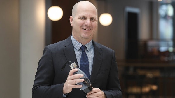 Viceprezident ve společnosti SodaStream Roy Naaman