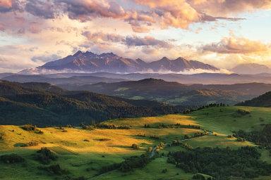 Slovenská divočina Čechy láká. Turisté zde najdou horské resorty i řadu jezer