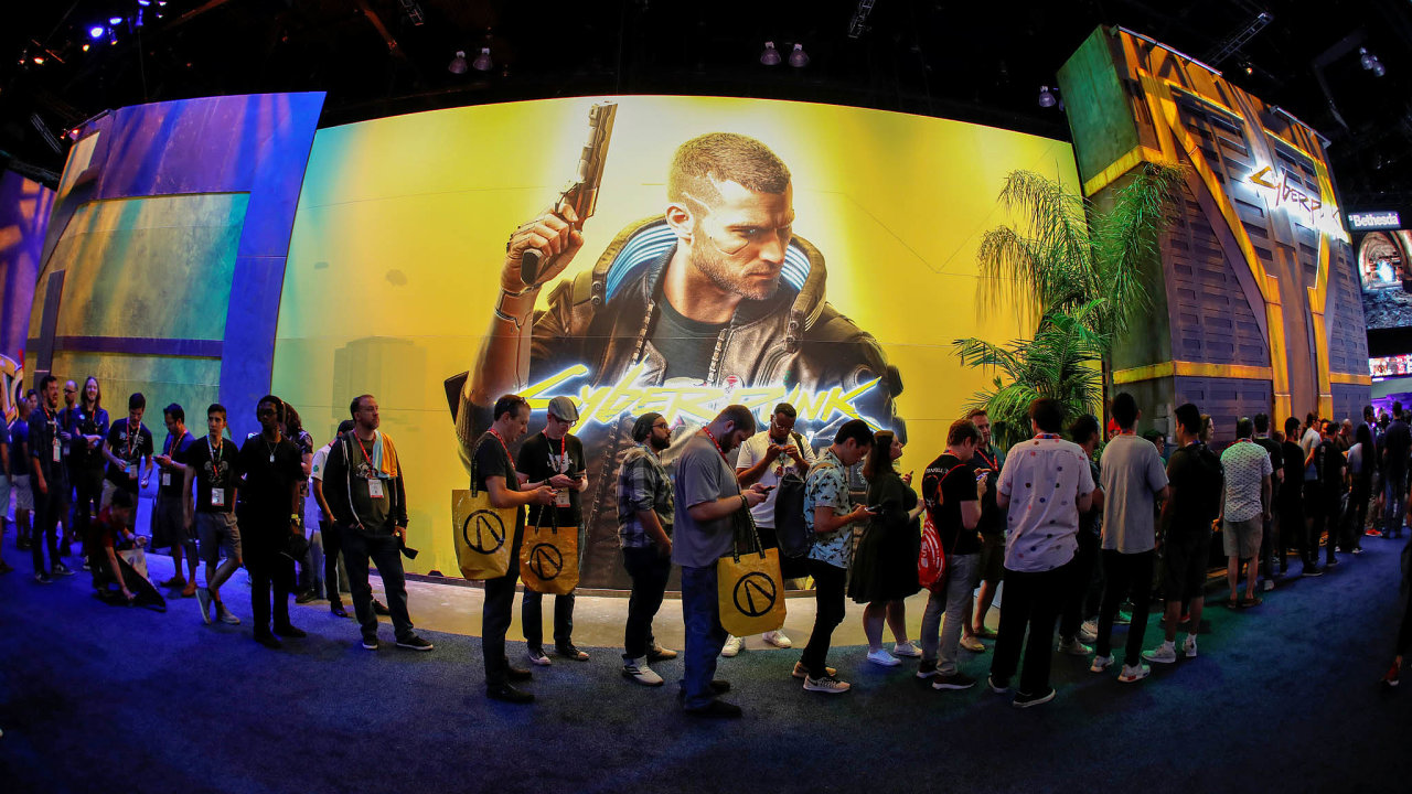 Dlouho vyhlíženou videohru Cyberpunk 2077 trápí nedostatky. Firma Sony ji proto stáhla znabídky vesvém internetovém obchodě pro konzole PlayStation.