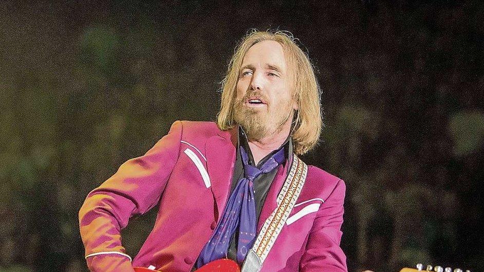 Tom Petty napsal pro Hypnotic Eye jedenáct skladeb.