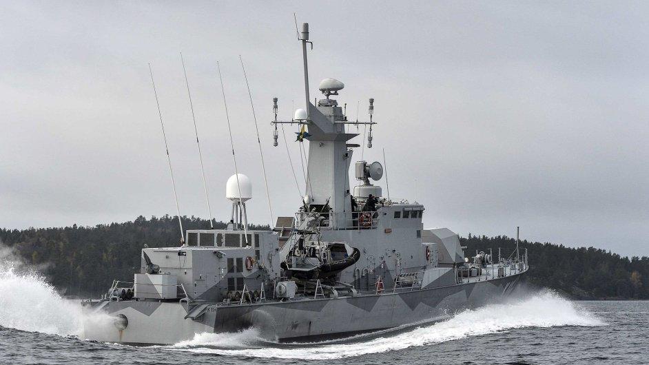 Švédské námořnictvo pátrající po neznámé ponorce
