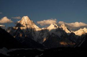 Do hor s průvodcem a GPS. Nepál po neštěstí u Annapurny zavede nová pravidla