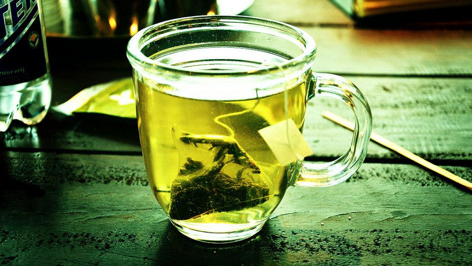 Zelený čaj by se neměl zalévat vroucí vodou. Ilustrační foto