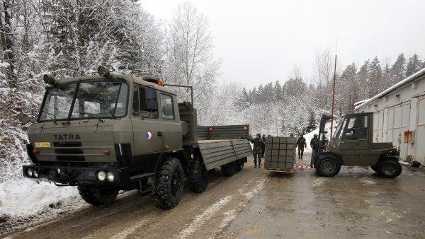 Voj�ci by m�li kompletn� opustit Vrb�tice od �nora � ilustra�n� foto.
