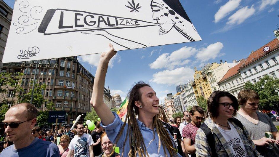 Za legalizaci konopí pochodovalo centrem Prahy na 5000 lidí.