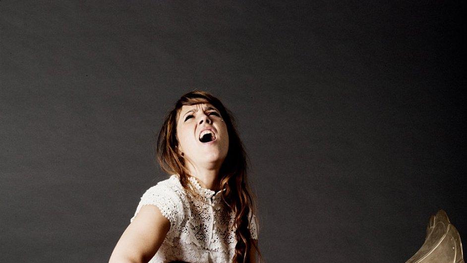 Francouzská zpěvačka Zaz vystoupí ve Foru Karlín 29. a 30. listopadu.