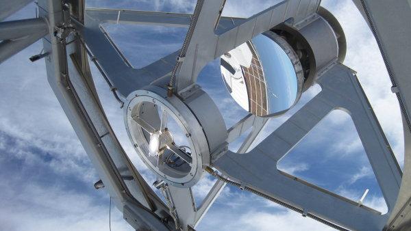 "Vesm�rn� teleskop Kepler mo�n� objevil slunce, kter� ""t��"" inteligentn� bytosti - Ilustra�n� foto."