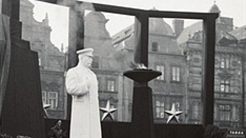 Jiří Pernes: Zprávy z Prahy 1953