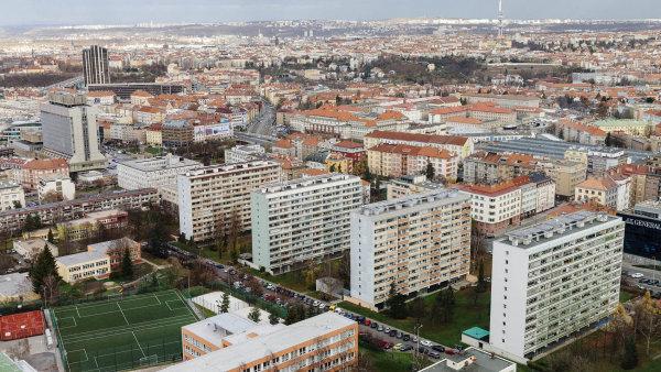 Za celý letošní rok se podle odhadu Central Group v Praze prodá kolem 6500 nových bytů.