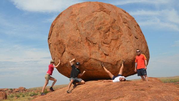 Austrálie – Skalní útvary Devils Marbles