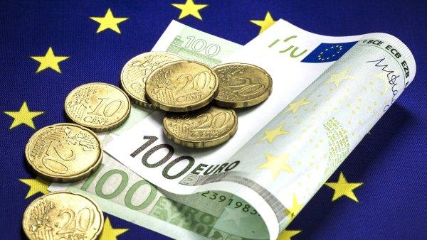 Prosincový pokles průmyslové produkce se zčásti podepsal na snížení odhadu růstu celé ekonomiky měnové unie - Ilustrační foto.