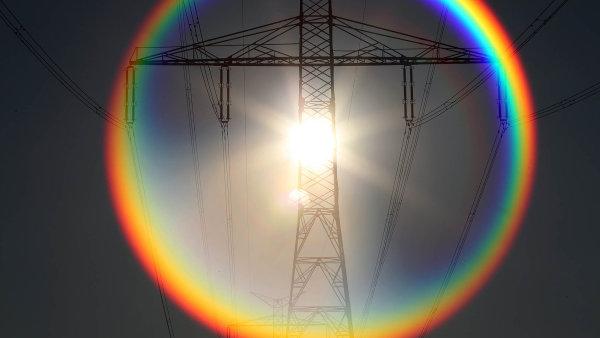 Pobočka mezinárodní skupiny E.ON staví na jihu Čech u obce Mydlovary velké úložiště elektřiny.