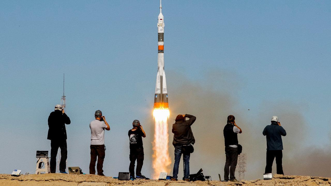 Start rakety Sojuz se nezdařil.