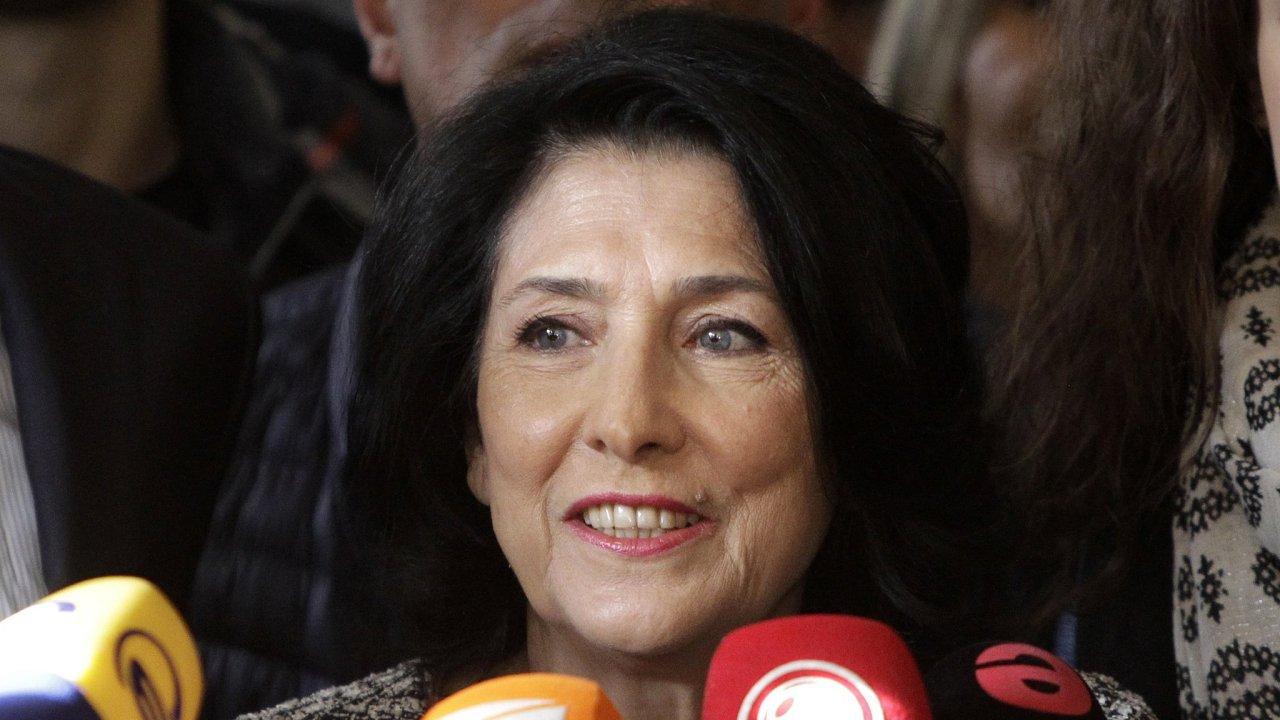Nově zvolená prezidentka Gruzie Salome Zurabišviliová