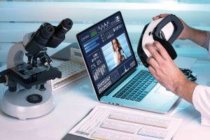Inovace ve zdravotnictví, podporované informačními a komunikačními technologiemi, pomáhají lékařům i pacientům.