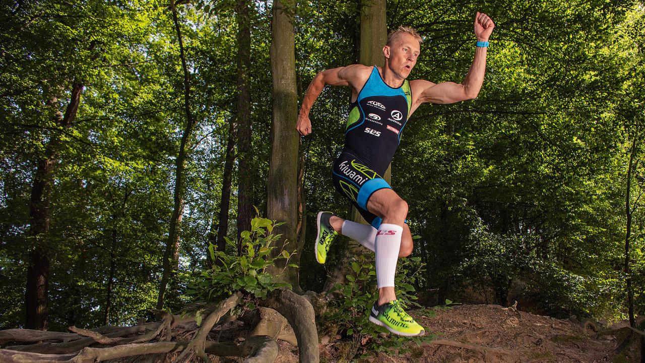 Petr Vabroušek absolvoval iWorld Marathon Challenge, závod zahrnující sedm maratonů vsedmi dnech nasedmi kontinentech.