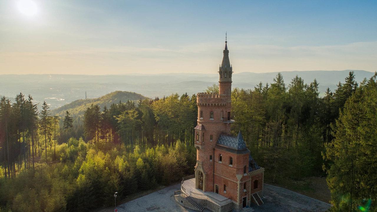 Goethova vyhlídka v Karlových Varech získala peníze na opravu z Integrovaného regionálního operačního programu. Na jeho financování se z 85 procent podílí Evropská unie.