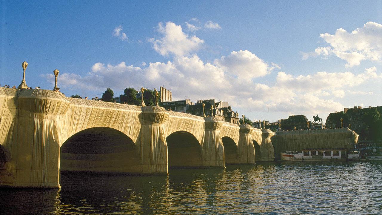 Pont-Neuf Wrapped, Paříž, 1975 až 1985