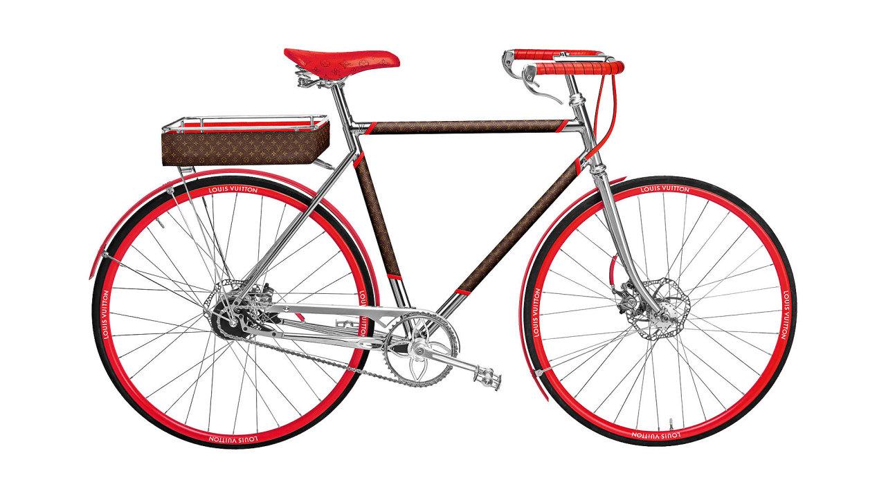 Módní dům Louis Vuitton spojil síly sřemeslnou pařížskou značkou kol Maison TAMBOITE založenou vroce 1912 astvořily vůbec první LV Bike.