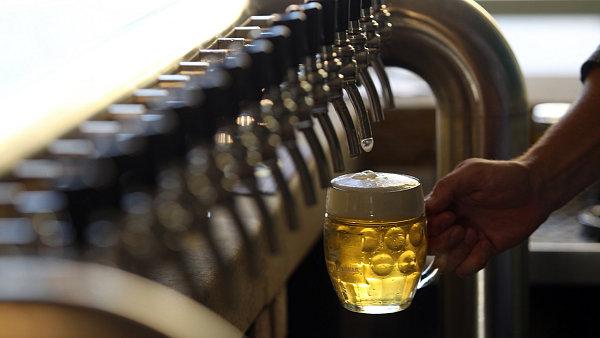 Výstav českých pivovarů se loni zvýšil o 2,7 %.