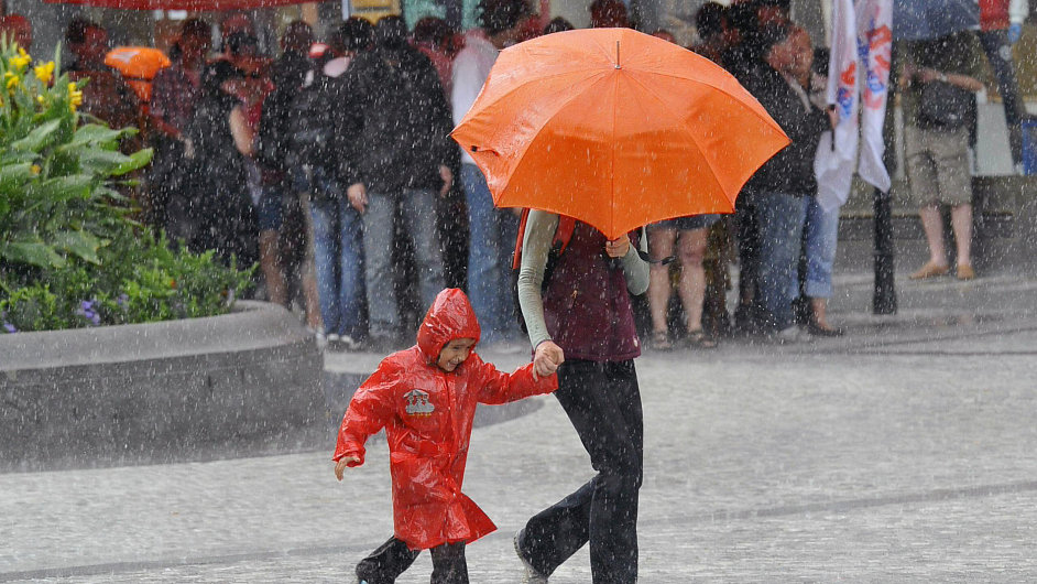 Déšť, ilustrační foto.