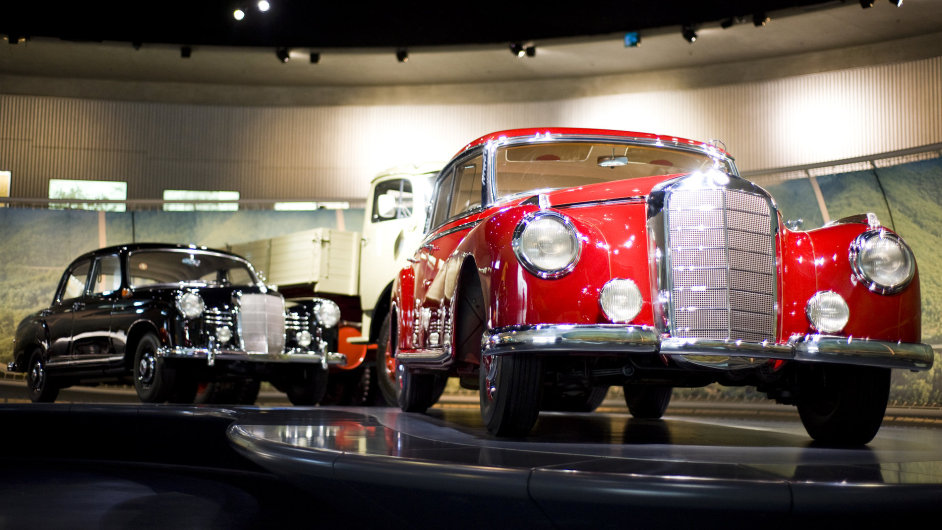 Muzeum Mercedesu je vrcholná a stylová oslava automobilu