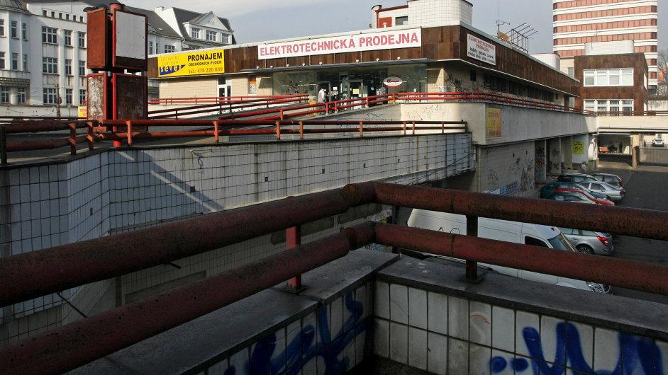 Obchodní komplex v Masarykově ulici v Ústí nad Labem, který si začátkem roku koupila státní firma ČPP Transgas.