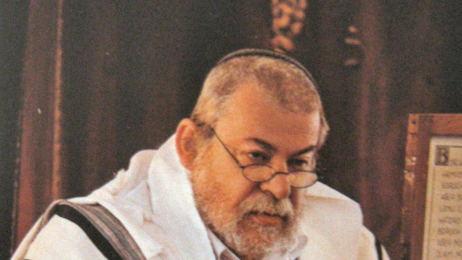 Vrchní pražský a zemský rabín Karol Sidon napsal knihu pod pseudonymem Chaim Cigan.