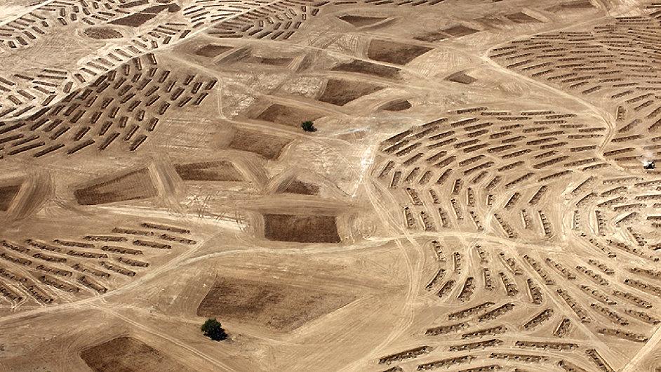 Fazal Sheikh pro projekt This Place nafotil letecké snímky.