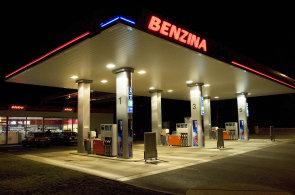 Na některých pumpách Benzina nejde platit CCS kartou. Unipetrol se nedokázal dohodnout na nových podmínkách