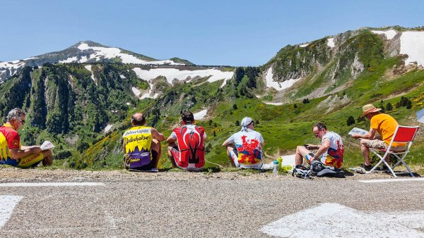 Dovolen� na vlastn� pohon: �e�i br�zd� Evropu na kole