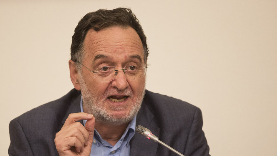 Nová strana se bude jmenovat Lidová jednota a povede ji bývalý ministr energetiky Panajotis Lafazanis.