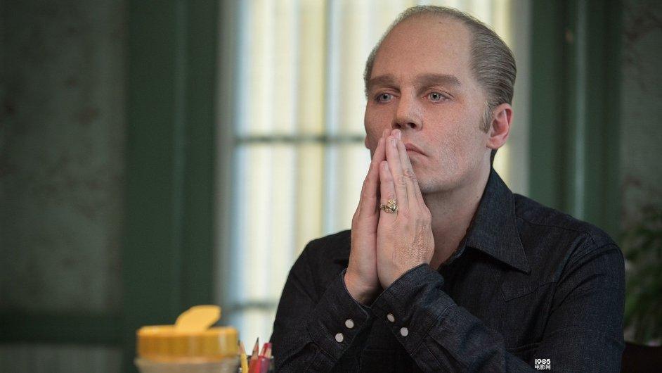 Na snímku Johnny Depp ve filmu Black Mass: Špinavá hra, který se v Česku bude hrát od 19. listopadu.