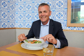 Investiční expert Roman Pospíšil sportuje proto, aby mohl jíst. Třeba dary moře