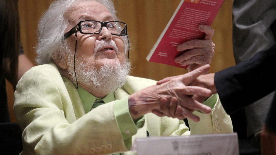 Mexický spisovatel Fernando del Paso na snímku z letošního dubna.