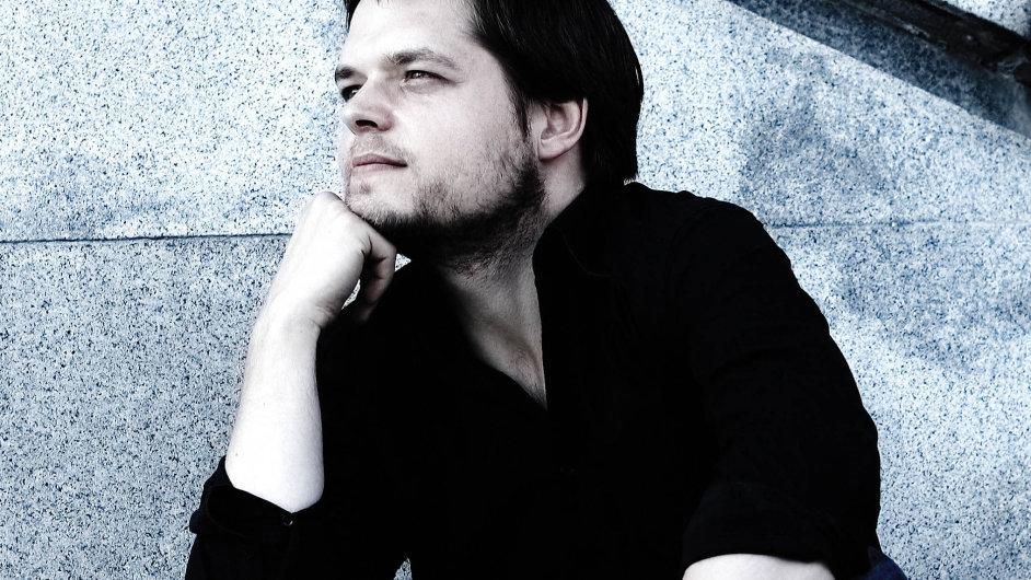 Juraj Valčuha se stal historicky prvním slovenským dirigentem, který spolupracoval sproslulou Berlínskou filharmonií.