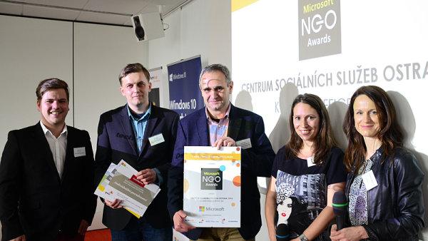 Vyhlášení ocenění Microsoft NGO Awards. Cena putovala do rukou ředitele Centra sociálních služeb Ostrava
