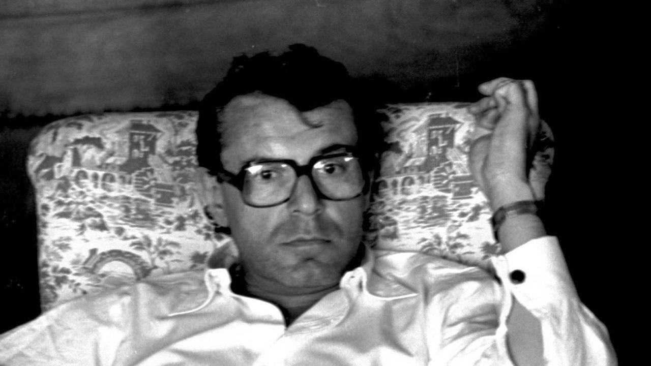 Miloš Forman, nejznámější český režisér, nám zaminulého režimu díky svým filmům natočeným vemigraci dával naději, že možná jednou budeme moct utéct zblázince.