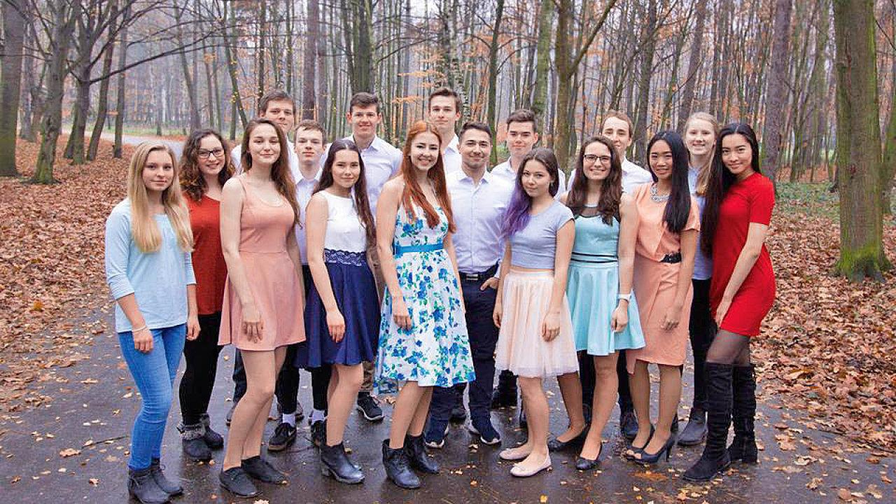 Firma SMESH zastoupená týmem z Gymnázia Hrabůvka v Ostravě
