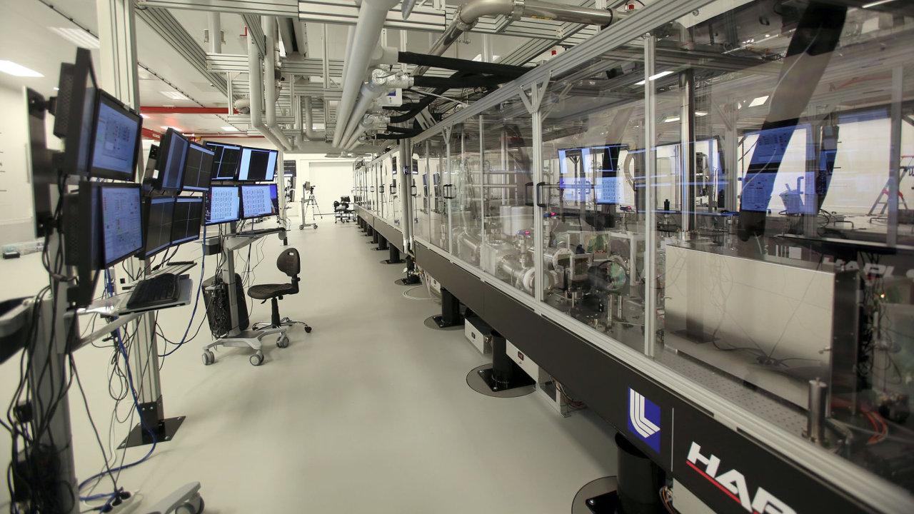 V Dolních Břežanech poprvé spustili nový laserový systém.